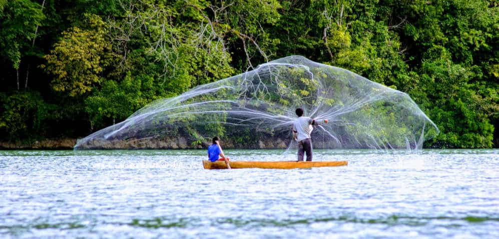 Rio Dulce Guatemala – A Complete Backpacker Guide