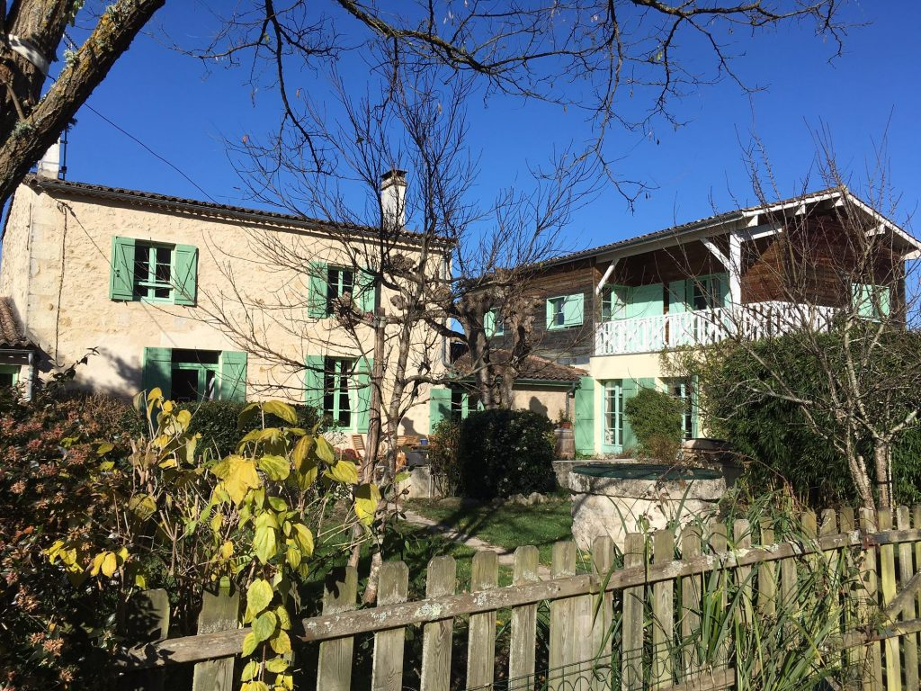 Les Vignes Reines - France - Lesbian owned accommodation in Europe
