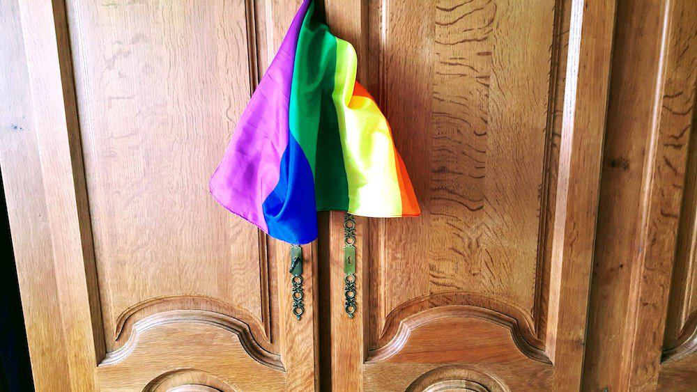 Get back in the closet for travel – yes or no? LGBTQ travel