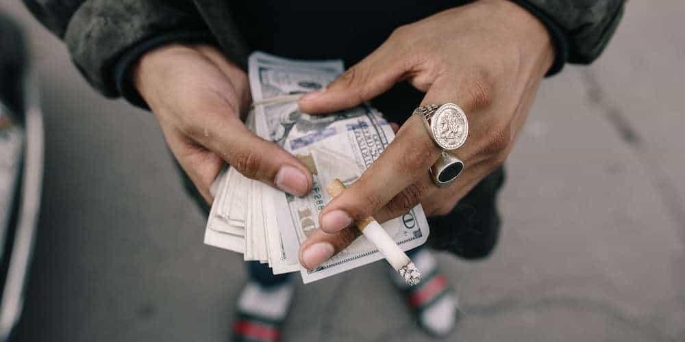 Money travel scams