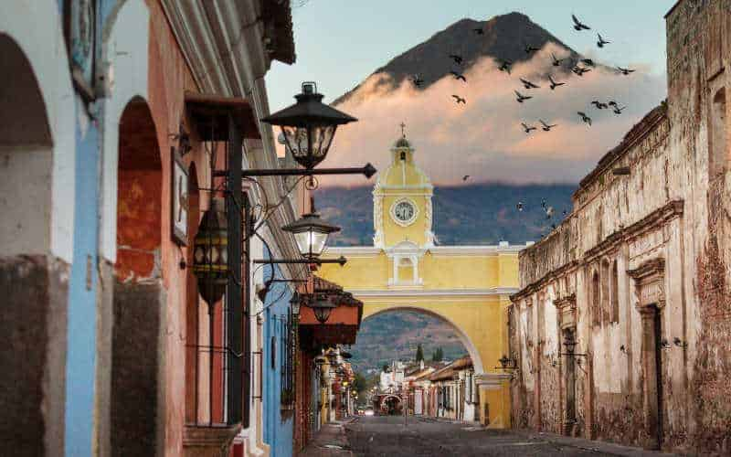 Backpacking Guatemala - Antigua