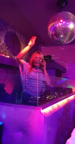 DJ at Le Glam in Nice