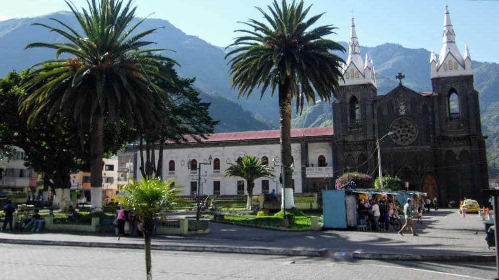 Banos square