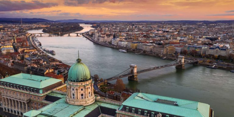 How to spend 2 days in Budapest the stunning capital of Hungary