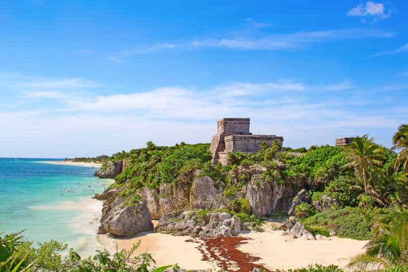 2 weeks in Mexico itinerary - Tulum Ruins on the beach