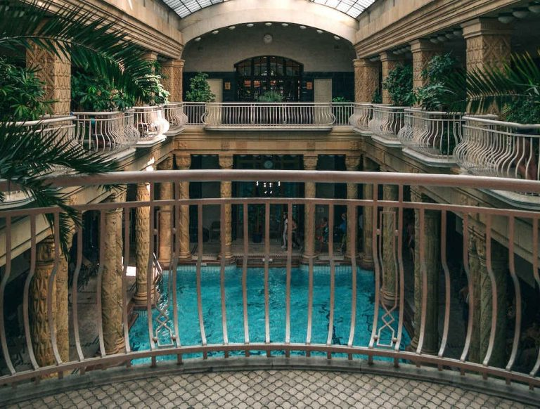 Thermal Baths in Budapest - Your complete guide to the best baths