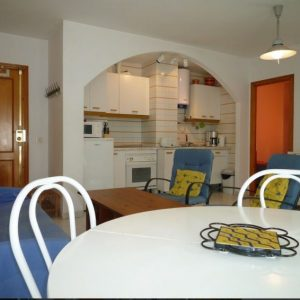 Apartment - 2 Bedrooms with Pool and WiFi - 106745